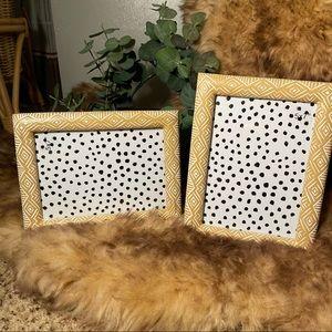 🆓🛳(2) 5x7 Opalhouse frames Brand New!